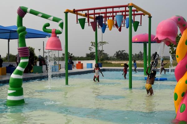 omu resort swim area