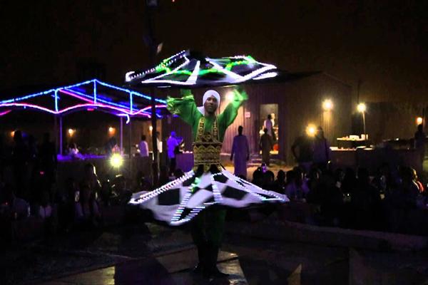 Dubai-Tanoura dance