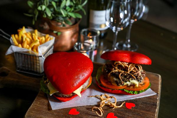 apres-burgers-valentines