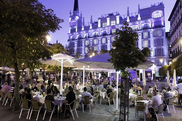 Terrazas-santa-Cesar_Lucas_Abreu-Turismo-Madrid
