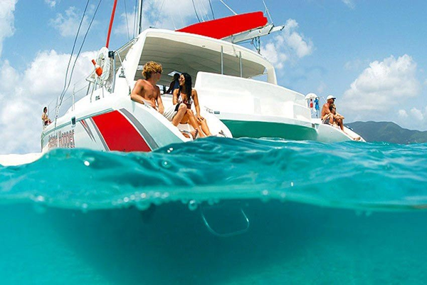 catamaran-cruises-mauritius-private-full-day-eastern-islands-lunch-unlimited-drinks